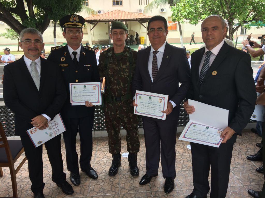 Perito Geral é homenageado em solenidade do 75º aniversário do Depósito Militar da 10º Região